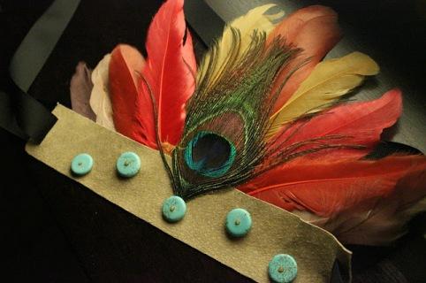 copricapo indiano piume
